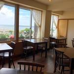 WATATSUMI - 景色が最高!海を眺めながらお食事できます