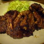 炭々苑 - 久留米名物 骨付きカルビ(豚)