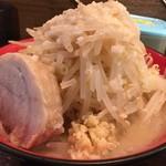 らーめん龍 - 料理写真:龍二郎 野菜増し ニンニク少め