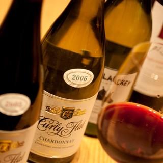 多彩なワインと、新鮮なオイスターのマリアージュをご堪能あれ◎
