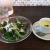 イタリア料理 ラ・フレスカ - 料理写真:シーザーサラダと冷製スープ