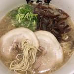 元祖博多だるま - だるま (´∀`)/ ラーメン 麺ミセ