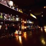 Bar Logue - キャドルを灯したしっぽりとした雰囲気