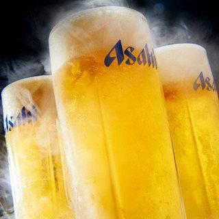 ビールはもちろん種類豊富なドリンクが飲み放題!