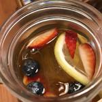 8代葵カフェ - フルーツたっぷり