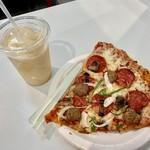 コストコ - フードコートで食べようと思った「スライスピザ・コンボ」と「レモネードスムージー」♡