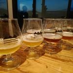 ガラパゴ レーシング - ドリンク写真:8種のビールの飲み比べができます!