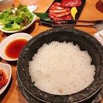炭火焼肉・韓国料理 KollaBo - 【焼肉定食 ¥980】