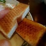 あんちっく - モーニングのトースト