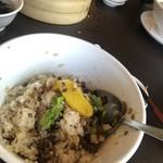 台湾料理 鼎 - ルーロー飯は混ぜて食べます