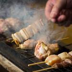焼とり 鳥次 - 料理写真:焼鳥シズル