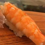赤坂寿司 - 蒸しエビ