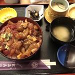玄海寿司 - 料理写真:ばらちらし丼 900円(税抜)