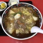 東京飯店 - 料理写真:肉そば 950円