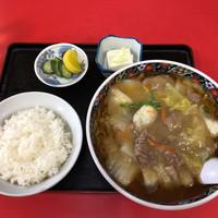 東京飯店-肉そば 950円 + ライス 200円