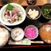 ゆたか - 料理写真:ランチ 刺身盛合せ(700円)