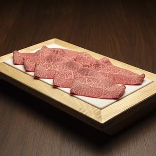 宮崎県産A5ランクの上質なお肉や季節の逸品をご堪能下さい。