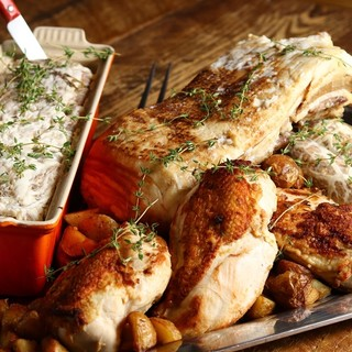 オーナーシェフが直接選び、仕入れた旬の食材を丁寧に調理
