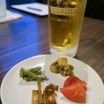 串揚げ 千金丹 - 生ビール(中) 620円
