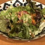 エスニックキッチン&バル バイダム - サラダ