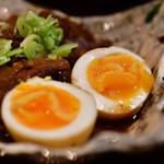 大阪串かつ 半妻 - 牛すじどて煮@600円