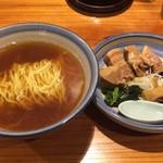 109211037 - 角煮そば950円
