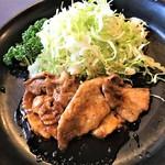109215116 - 190604火 神奈川 肉料理の一番や ロースしょうが焼肉定食