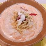 パスタレッジャーノ - 料理写真:ピリ辛トマトクリームのパルメナーラ