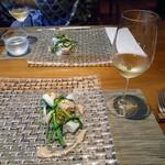 酒の宿 玉城屋 - 馬面剥の肝ソース & 白ワイン