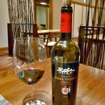 酒の宿 玉城屋 - 「妻有ポークのグリル」に合わせた赤ワイン