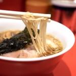 カドヤ食堂 - 中細ストレート麺