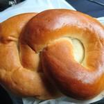 丹市パン - 料理写真:照りがいい感じ