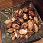 沖縄酒場SABANI - 黒糖ピーナツ
