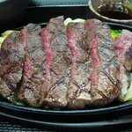 肉の松山 - 黒毛和牛しもふりアップ