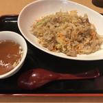 109231839 - 肉野菜炒飯