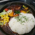 109236085 - 10品目野菜の焼きカレー旨し(* ̄ρ ̄)