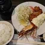 AB-kitchen - 海老フライ大+唐揚げ
