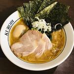 横浜家系ラーメン 黒帯 - 料理写真:特製ラーメン