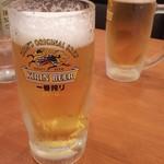 レストラン スター - 生ビール(泡が( ω-、))