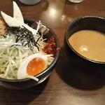麺場 田所商店 - 仙台辛味噌つけ麺 950円、乳酸菌ボール 140円 ♪