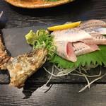 UO魚 KOBE海鮮酒場 - イワシの活き造り