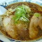 八屋 - 醤油ラーメン( 味濃いめ・脂多め・メンマなし)