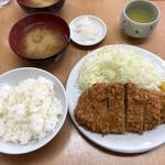 109263115 - 「上ロースかつ定食」1200円