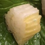 味享 - 赤いかの針千作り。生姜の絞り汁を含んでいます。まさに華麗、繊細!