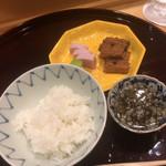 味享 - 炊き立てのご飯