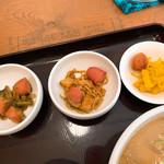 吉田とん汁店 - 料理写真:【2019年05月】豚汁定食のおかず。