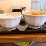 吉田とん汁店 - 料理写真:【2019年05月】豚汁定食、豚汁の器(右)がゴハン(左)より大きいです。