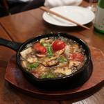 オイスターバー COVO - 牡蠣のアヒージョ