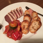 109286907 - 前菜盛り合わせ、ラタトゥイユ、鴨生をハム、砂肝とフォアグラムースをチョイス