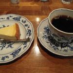 ケンダース珈琲店 - チーズケーキセット